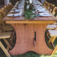 Harvest Tables Natural Oaks